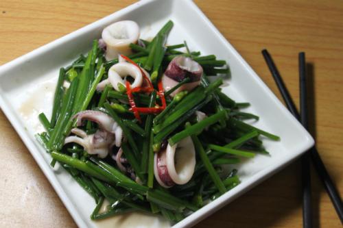 Độc đáo với những món ăn từ bông hẹ bảo vệ sức khỏe cả nhà