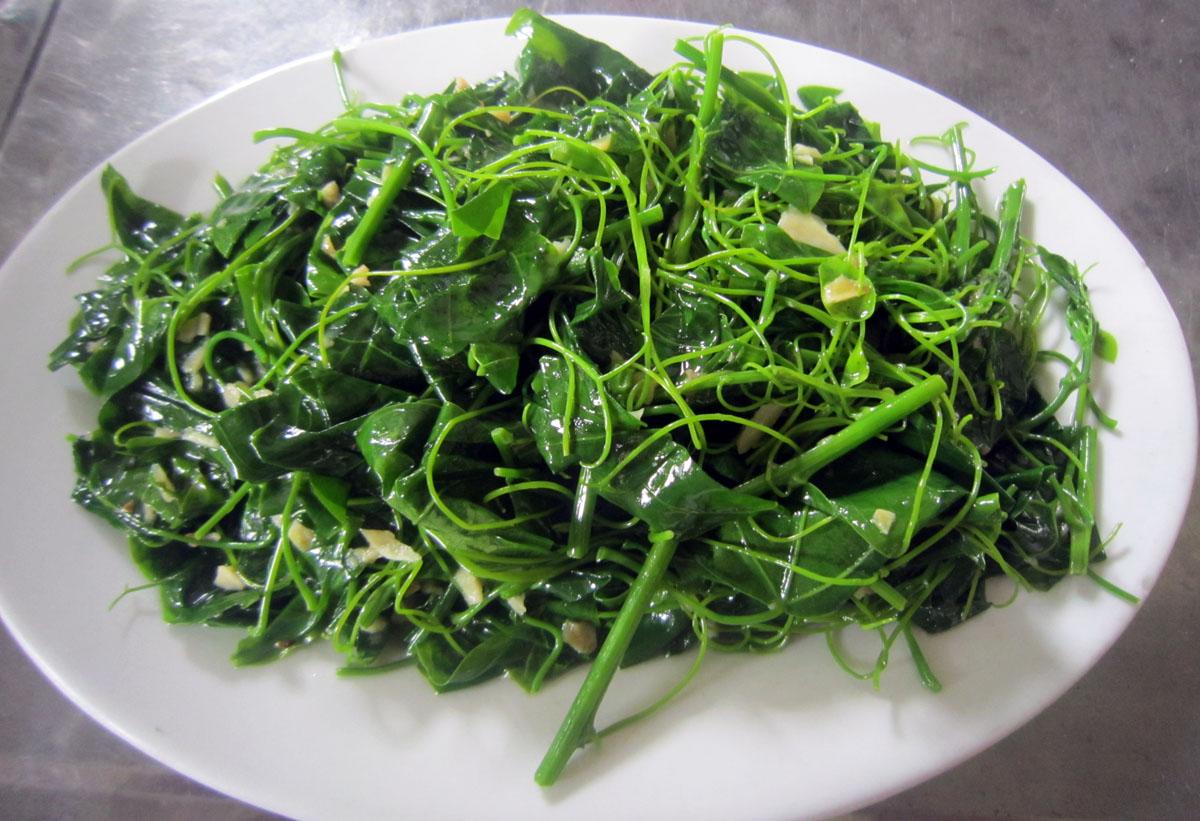 Khám phá 4 loại rau rừng ăn được hiếm có khó tìm mang hương vị miền sơn cước