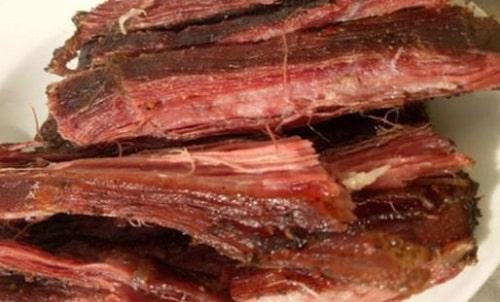 cách làm thịt lợn gác bếp
