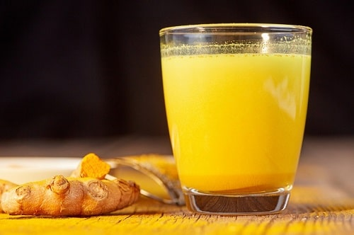 Cách uống tinh bột nghệ vàng mật ong hiệu quả và những lợi ích tuyệt vời khi sử dụng