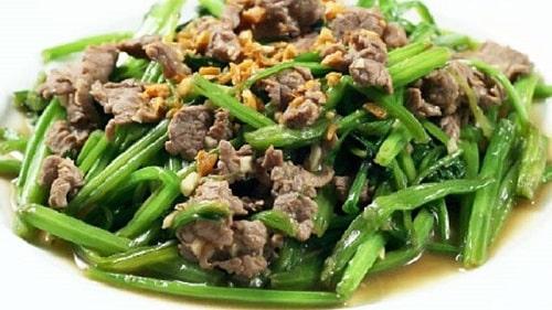 rau bina xào thịt bò