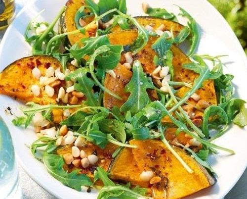 món ăn với rau rocket